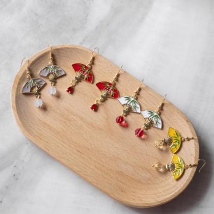 Oriental Paper Fan Bamboo Earring