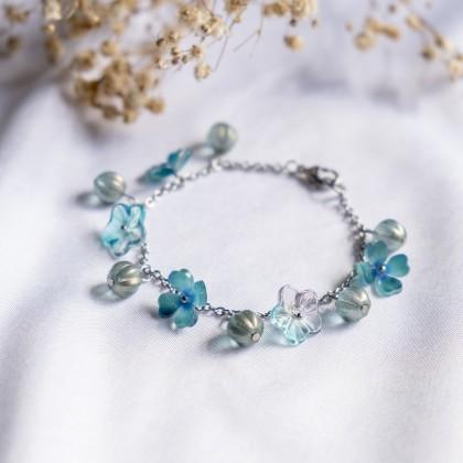 Haru Hana-Irises Blue Bracelet