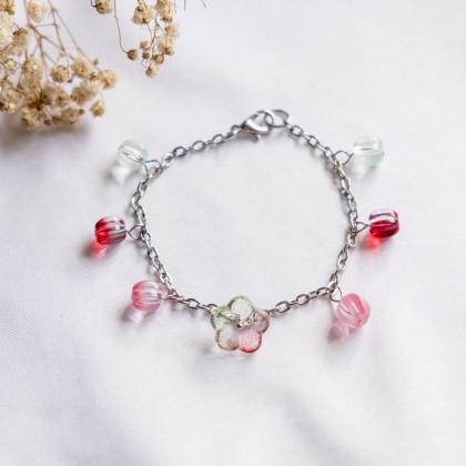 Haru Hana-Red Green Bracelet