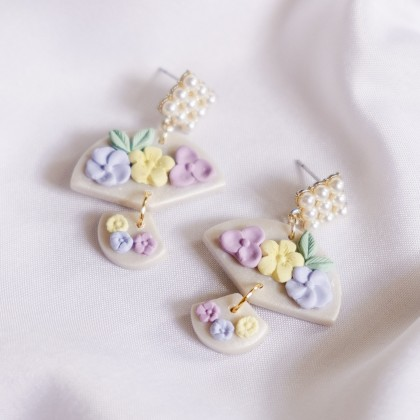 Pastel Pearlescent #15 Polymer Clay Gold Earring
